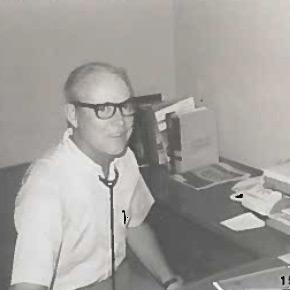 Dr.-Glen-Ashley